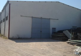 A VENDRE LOCAL 1700/3000 M2 A TUNIS SUD