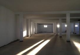 A LOUER LOCAL 1700 m2 2 NIVEAUX A MGHIRA