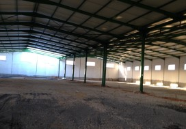 A LOUER LOCAL 4600 M2 CHARP TUNIS OUEST