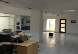 A LOUER LOCAL INDUSTR 8390 M2 TUNIS SUD