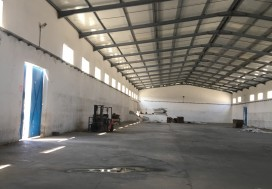 A LOUER LOCAL 2250 M2 TUNIS OUEST