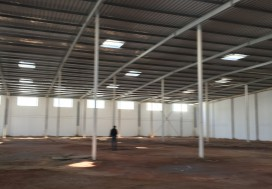 A LOUER LOCAL INDUSTR 4352 M2 TUN SUD