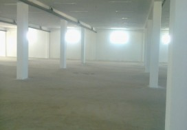 A LOUER LOCAL IND 2600 M2 MORNAG
